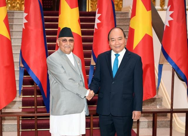 Thủ tướng Nguyễn Xuân Phúc đón người đồng cấp Nepal thăm chính thức Việt Nam - 3