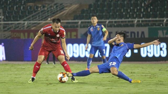 Hòa Quảng Nam, CLB TPHCM tiếp tục dẫn đầu bảng V-League - 5