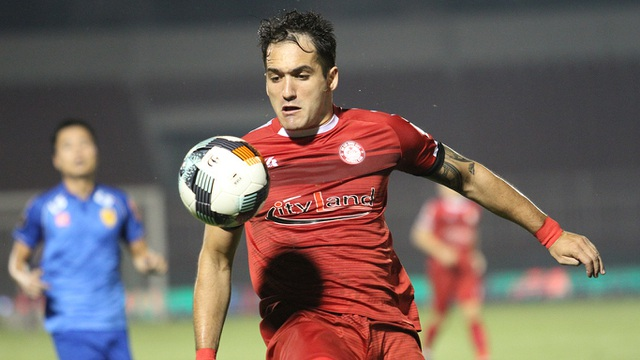 Hòa Quảng Nam, CLB TPHCM tiếp tục dẫn đầu bảng V-League - 3