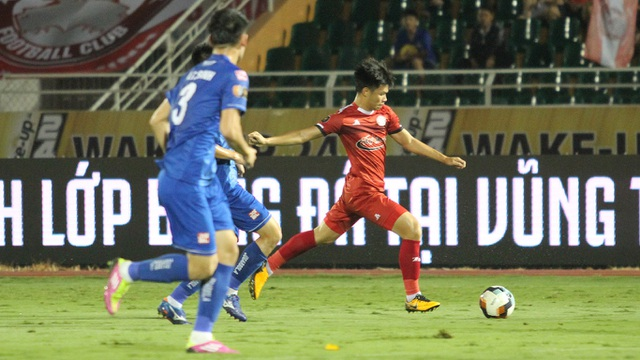 Hòa Quảng Nam, CLB TPHCM tiếp tục dẫn đầu bảng V-League - 1