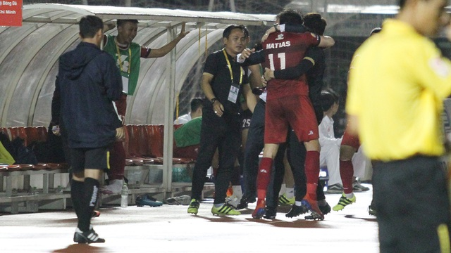 Hòa Quảng Nam, CLB TPHCM tiếp tục dẫn đầu bảng V-League - 4