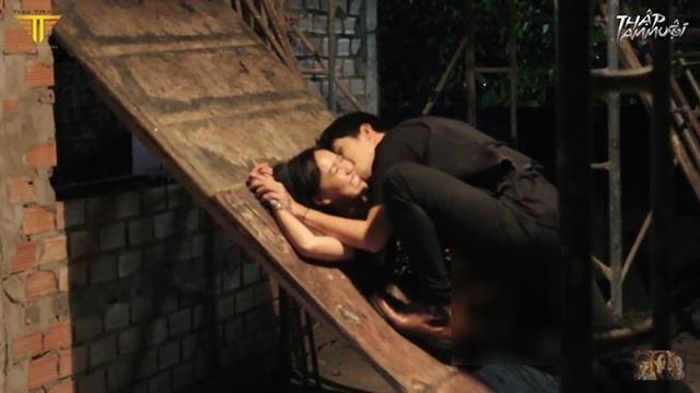 Tràn ngập cảnh nóng, hot girl khoe thân trong web drama Việt - 11