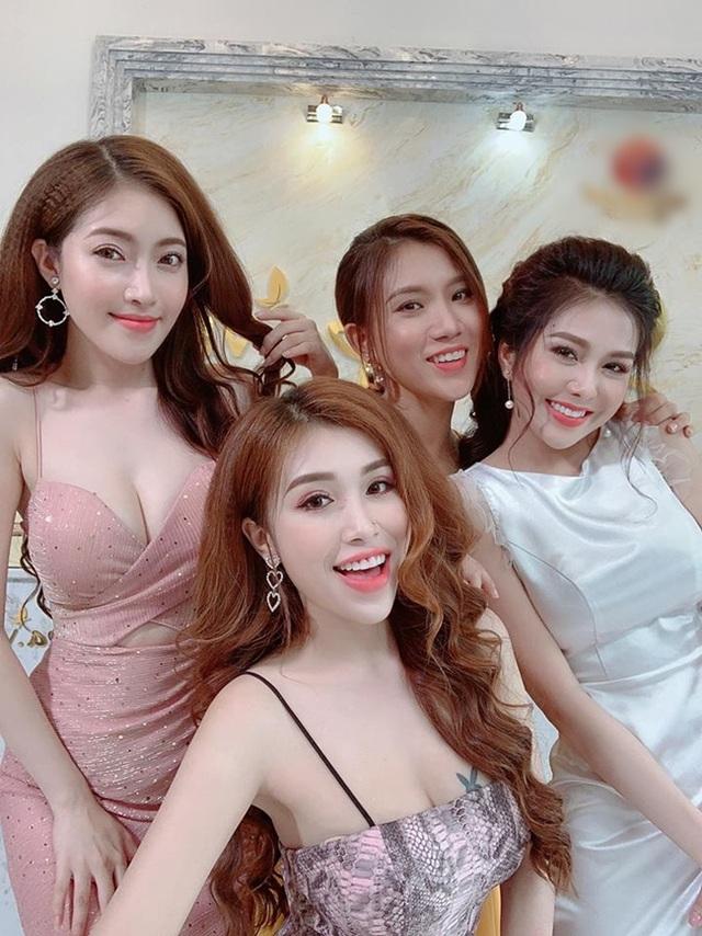 Tràn ngập cảnh nóng, hot girl khoe thân trong web drama Việt - 5