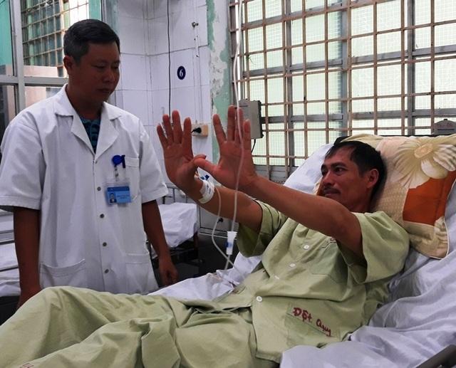 Vượt 165km, bệnh nhân đột quỵ may mắn được cứu sống - 1