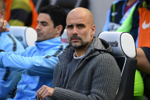 Brighton 1-4 Man City: Thầy trò Guardiola vô địch Premier League - 13