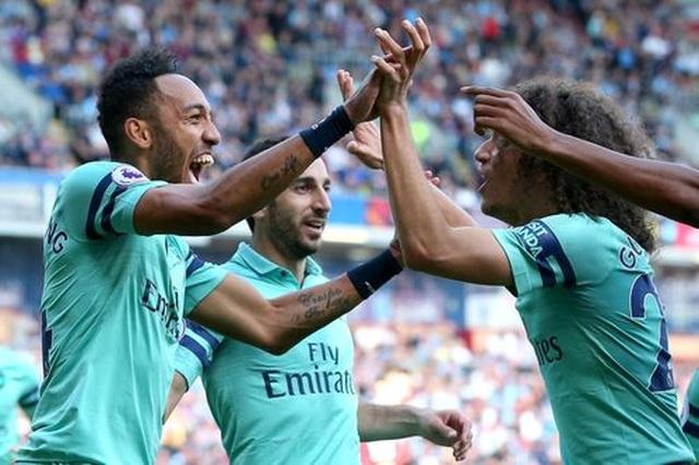 Arsenal thắng, Tottenham và Chelsea hòa trong ngày hạ màn Premier League - 1