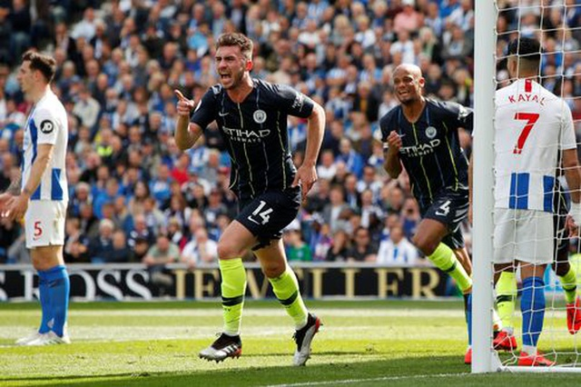 Brighton 1-4 Man City: Thầy trò Guardiola vô địch Premier League - 9