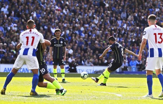 Brighton 1-4 Man City: Thầy trò Guardiola vô địch Premier League - 4