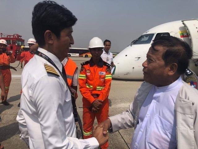 Máy bay Myanmar chở 89 người thoát hiểm nhờ hạ cánh bằng mũi - 2