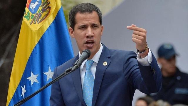 """Tổng thống tự phong Venezuela tìm cách """"bắt tay"""" với quân đội Mỹ  - 1"""