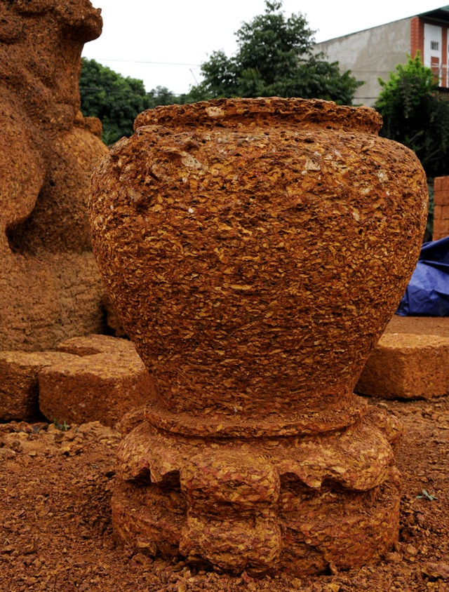 Kỳ công nghề đá ong ở Bình Yên - 9