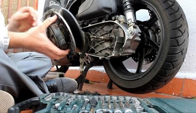 Những chiêu luộc khách ngang nhiên của thợ sửa xe máy - 1