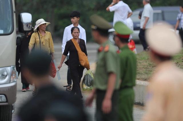 Hàng vạn người đổ về chùa Tam Chúc dự Đại lễ Phật đản Vesak 2019 - 3