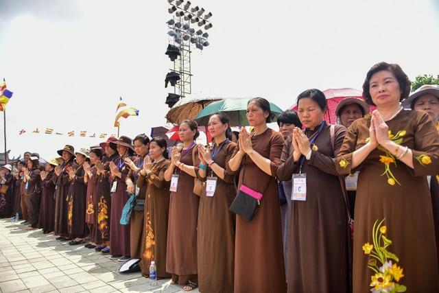 Nghi lễ tắm Phật truyền thống tại chùa Tam Chúc - 12