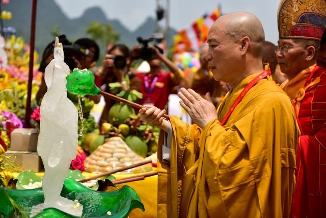11 kỷ lục được xác lập tại Đại lễ Phật đản Vesak 2019 - 10