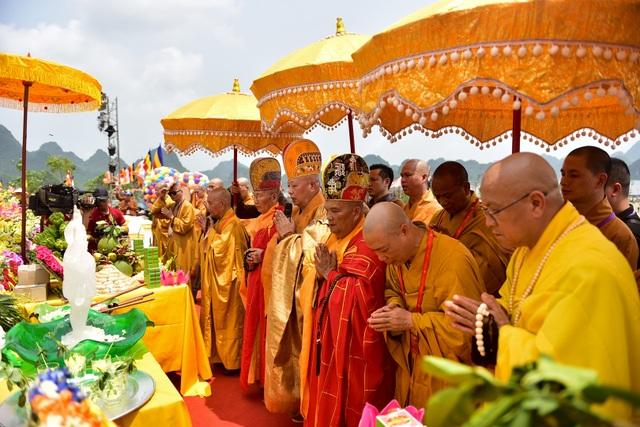 Nghi lễ tắm Phật truyền thống tại chùa Tam Chúc - 1
