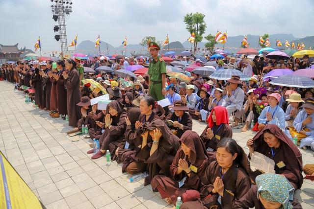 Nghi lễ tắm Phật truyền thống tại chùa Tam Chúc - 11