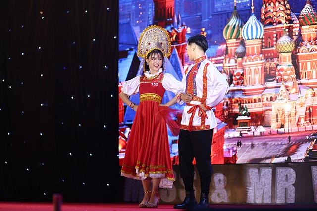 Nam thanh nữ tú ĐHQG Hà Nội khoe sắc với trang phục truyền thống 5 châu - 8