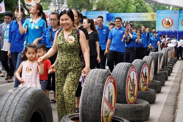 Hơn 5.000 người đi bộ kêu gọi Đã uống rượu, bia - không lái xe - 3