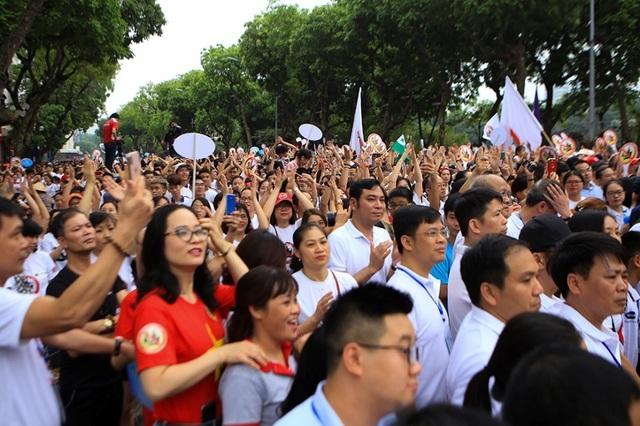 Hơn 5.000 người đi bộ kêu gọi Đã uống rượu, bia - không lái xe - 6