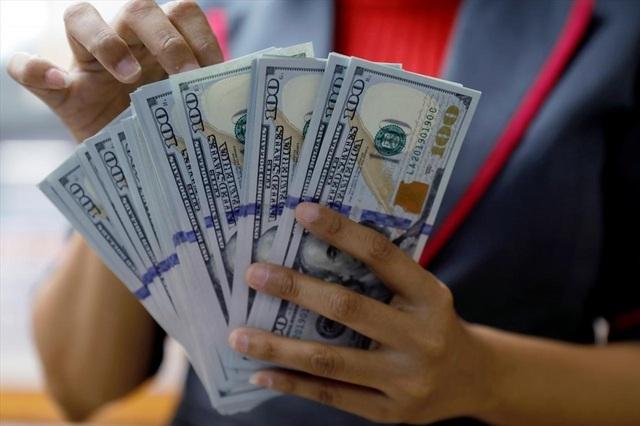 """USD """"tăng nóng"""" tuần qua: Việt Nam vẫn còn nhiều công cụ để ổn định tỷ giá! - 1"""