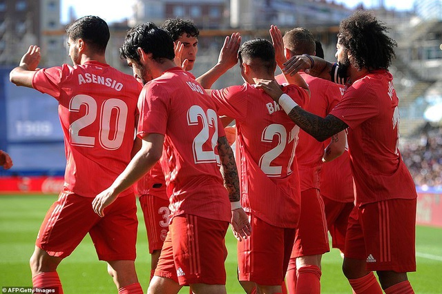 Thua Sociedad, Real Madrid tiếp tục chuỗi trận thất vọng - 3