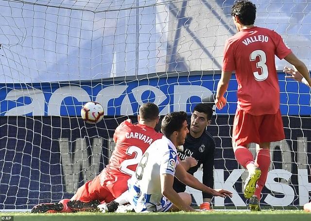 Thua Sociedad, Real Madrid tiếp tục chuỗi trận thất vọng - 6