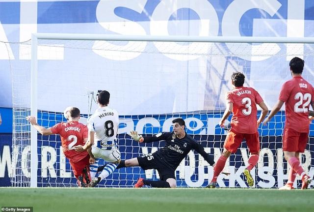 Thua Sociedad, Real Madrid tiếp tục chuỗi trận thất vọng - 4