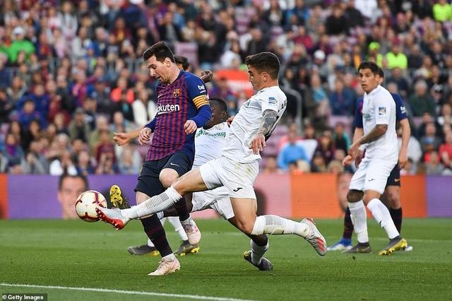 Barcelona đẩy Getafe vào thế khó trong cuộc đua dự Champions League - 7