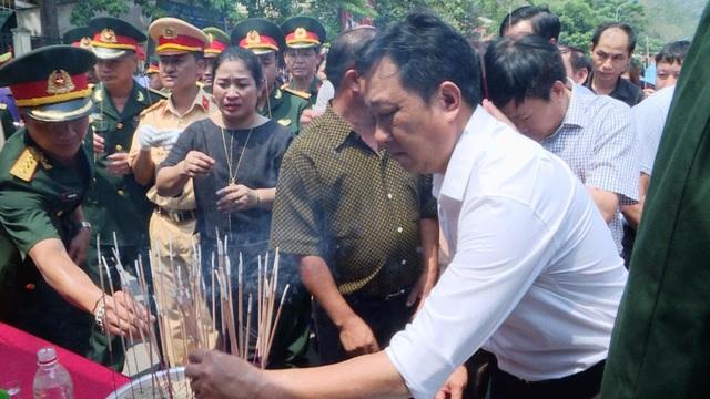 Lễ đón 98 hài cốt liệt sĩ quân tình nguyện và chuyên gia Việt Nam hy sinh tại Lào - 3