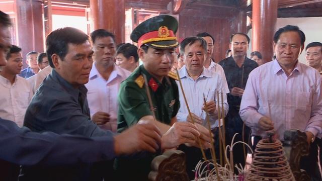 Lễ đón 98 hài cốt liệt sĩ quân tình nguyện và chuyên gia Việt Nam hy sinh tại Lào - 4