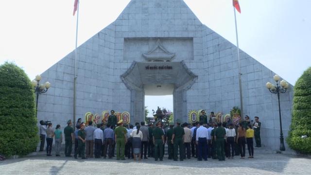 Lễ đón 98 hài cốt liệt sĩ quân tình nguyện và chuyên gia Việt Nam hy sinh tại Lào - 5