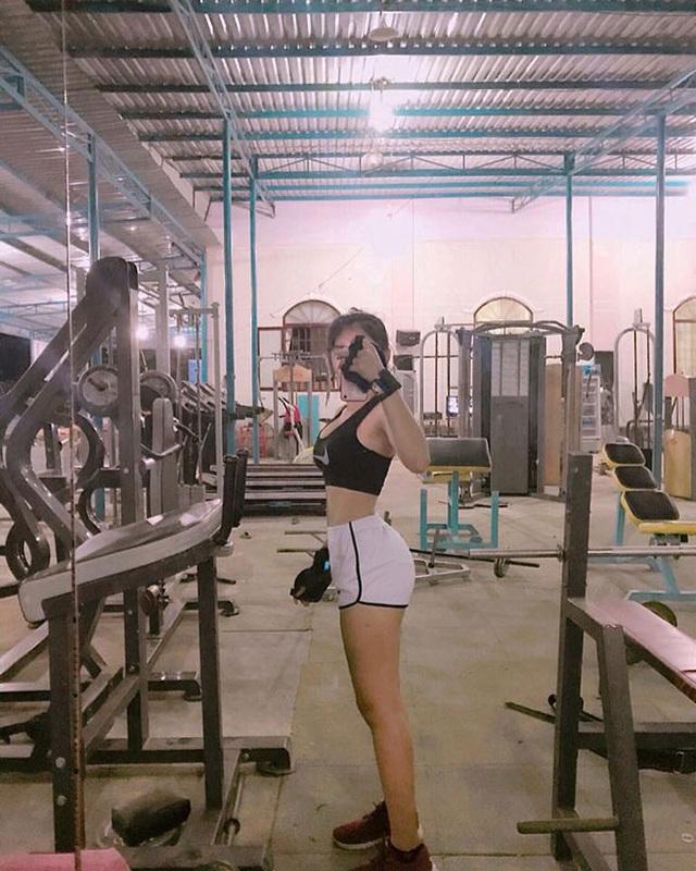 Bí mật đường cong như sóng, cô gái Đồng Nai làm giàu nhờ body nóng bỏng - 2