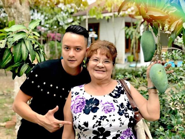 Sao Việt khoe ảnh và trải lòng trong Ngày của Mẹ - 3