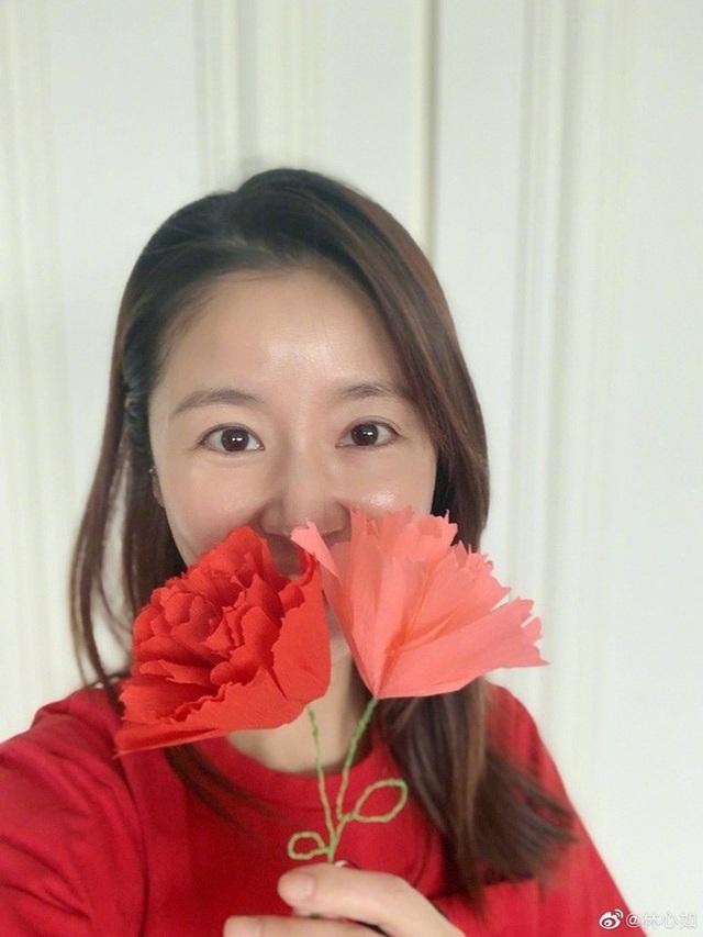 Lâm Tâm Như, Lê Tư, Trương Bá Chi đón Ngày của Mẹ ấm áp - 5