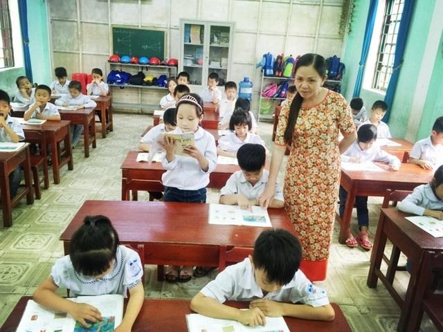 """Tâm tư giáo viên tiểu học: """"Chuyển mình"""" đón chương trình giáo dục phổ thông mới - 1"""