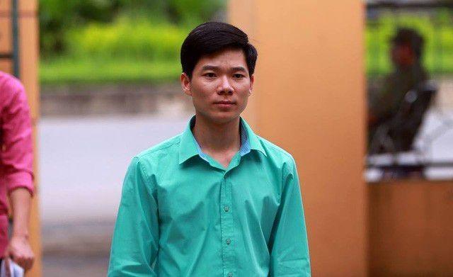 Sáng nay bác sĩ Hoàng Công Lương hầu tòa phúc thẩm - 1