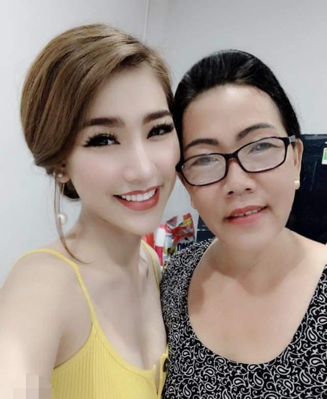 Sao Việt khoe ảnh và trải lòng trong Ngày của Mẹ - 7