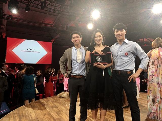 Tìm việc cho người già, chàng trai Việt được Forbes vinh danh - 4