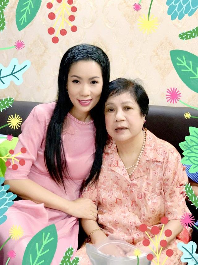 Sao Việt khoe ảnh và trải lòng trong Ngày của Mẹ - 4