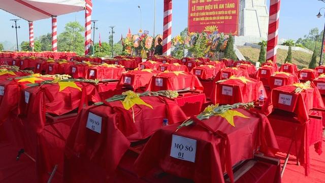 Nghệ An, Thanh Hóa tổ chức lễ an táng hài cốt liệt sĩ hy sinh tại Lào - 7