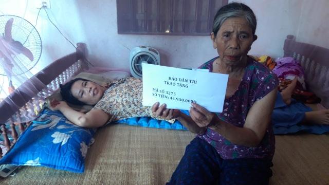 Bạn đọc Dân trí tiếp tục giúp đỡ 45 triệu đồng đến gia đình nữ phụ hồ bị ngã giàn giáo - 2