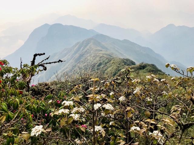 Kinh nghiệm chinh phục địa danh hiểm trở bậc nhất Việt Nam - 1