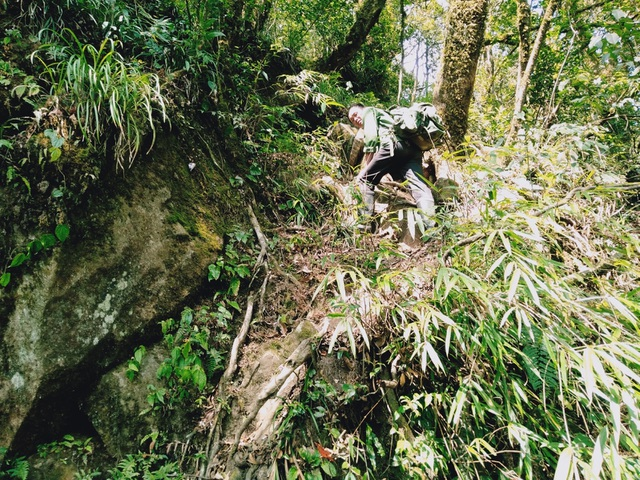 Kinh nghiệm chinh phục địa danh hiểm trở bậc nhất Việt Nam - 8
