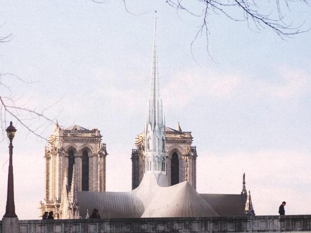 Diện mạo mới của nhà thờ Đức Bà Paris trông như thế nào? - 1