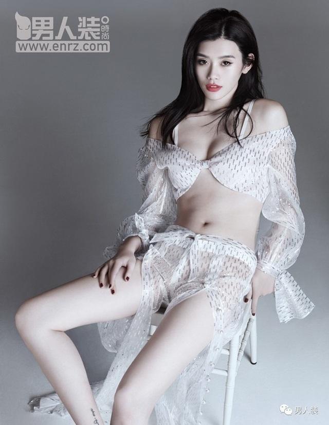 Cộng đồng mạng xứ Trung xôn xao vì màn cầu hôn như phim của người mẫu nội y Hề Mộng Dao - 25