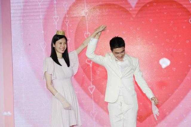Cộng đồng mạng xứ Trung xôn xao vì màn cầu hôn như phim của người mẫu nội y Hề Mộng Dao - 5
