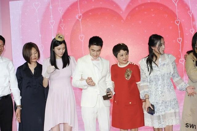 Cộng đồng mạng xứ Trung xôn xao vì màn cầu hôn như phim của người mẫu nội y Hề Mộng Dao - 9