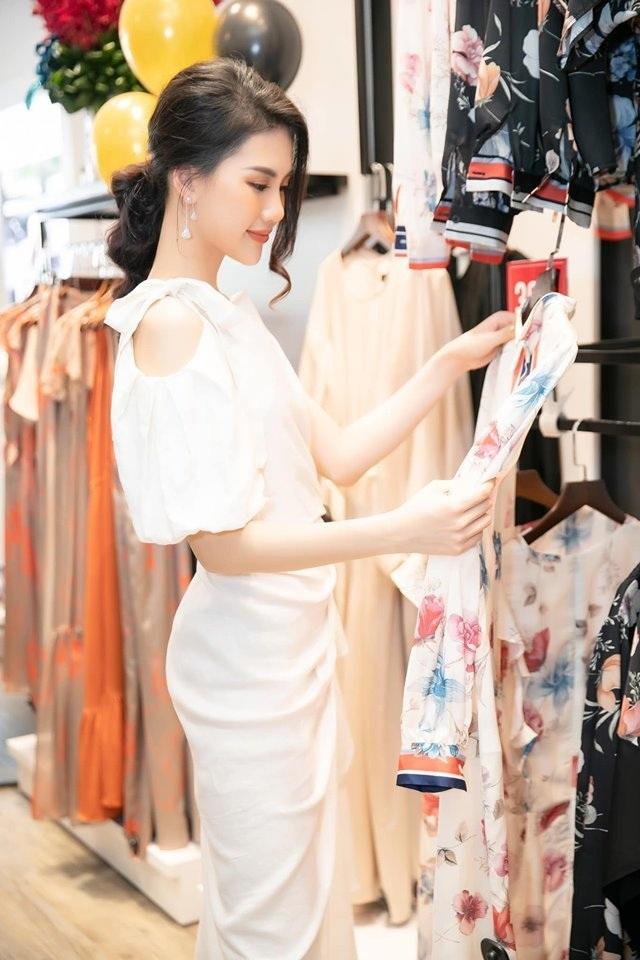 Tổng công ty Đức Giang ra mắt showroom thời trang đầu tiên tại TPHCM - 4