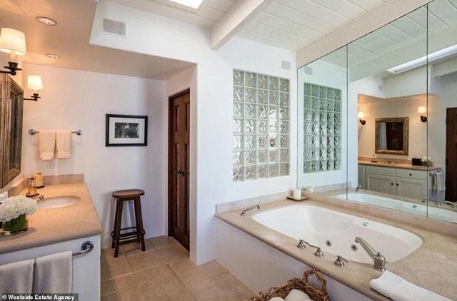 Ngắm nhà sang trọng giá 7,5 triệu USD của Cindy Crawford - 12